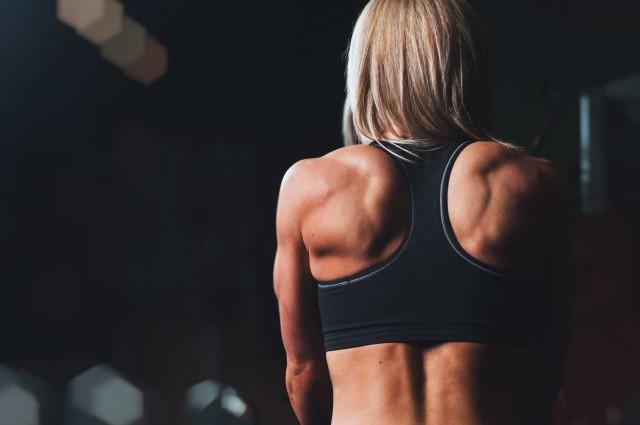 athletics-woman-Back_Visualhunt CC0