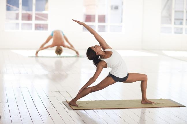 5 Gründe, warum Du Yoga machen solltest. Dr. Magdalena Schauenberg