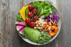 """Eine vielfältige Ernährung aus natürlichen und unverarbeiteten Zutaten ist """"low carb""""."""
